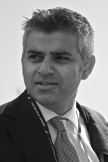 Sadiq_Khan,_September_2009_cropped